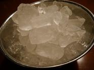 氷(1kg)の画像